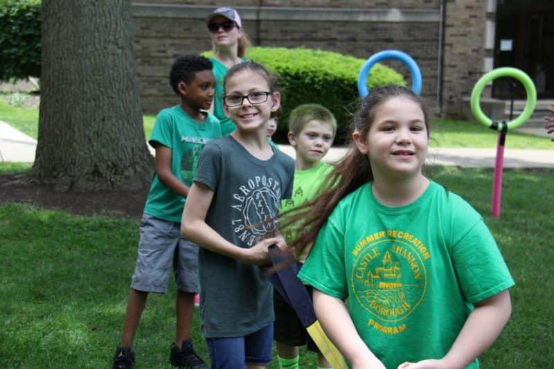 outside-elementary-kids